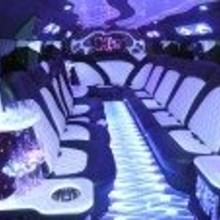220x220 sq 1221150975500 hummer interior[1]